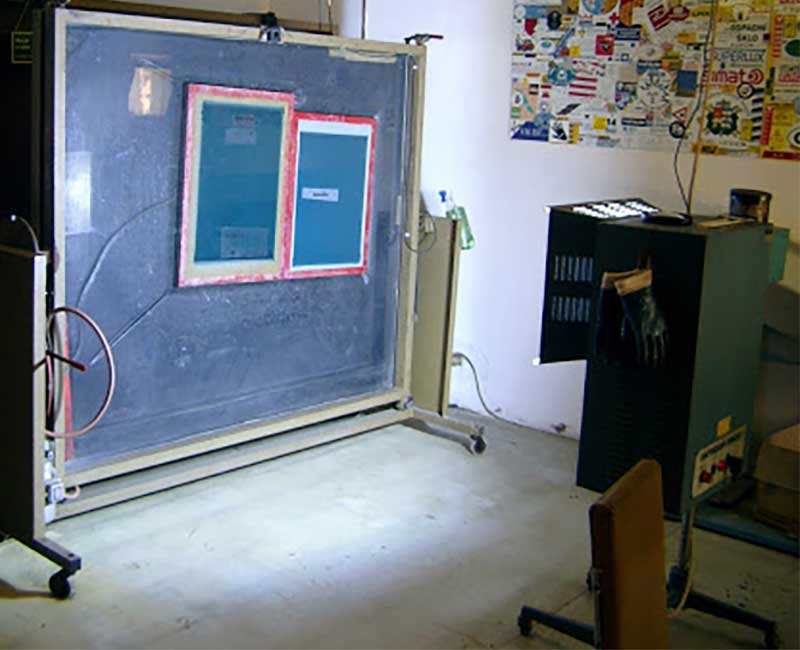 A older Screen Printing Exposure Unit with metal halide unit stand